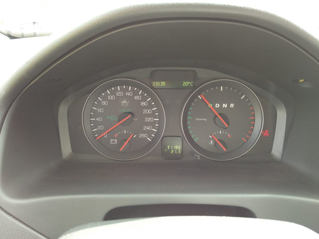 Volvo V50 gauges